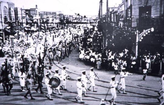 昭和14年8月、久慈を送る長い葬列