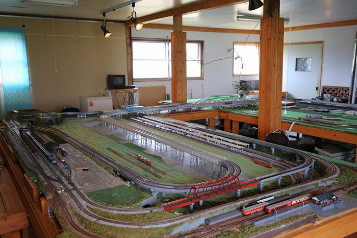 vol32_town_train_03