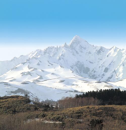 Mount Rishiri (Photo courtesy of ISHIYA)