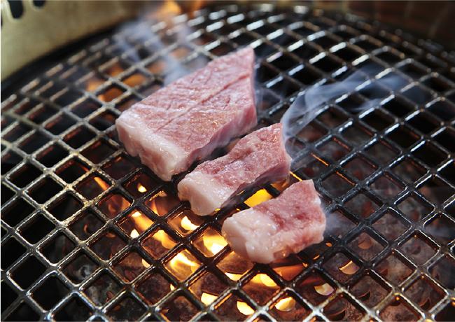 あっさり、いくつでも食べられる八雲和牛サーロインステーキ2500円~